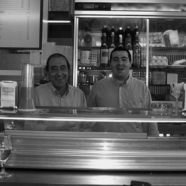 padre e hijo Quintana Café Bar
